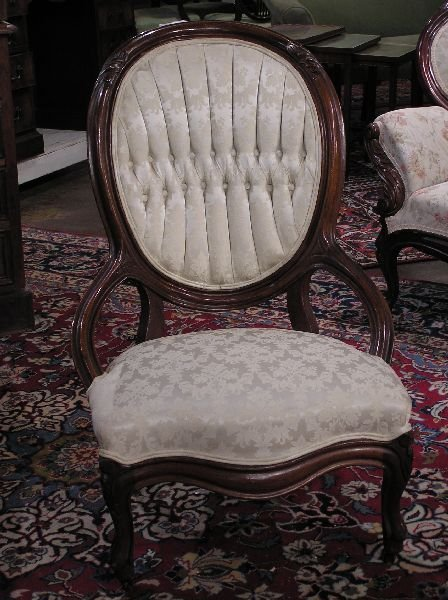 12: Ladies Victorian Walnut Chair