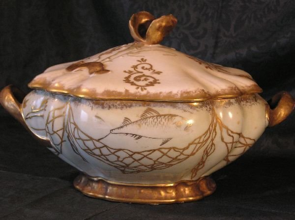 17: H&C Limoges Covered Tureen