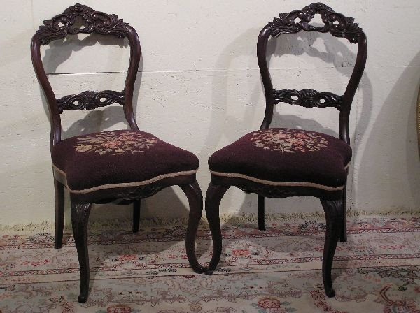 18: Pair of Rosewood Parlor Chairs