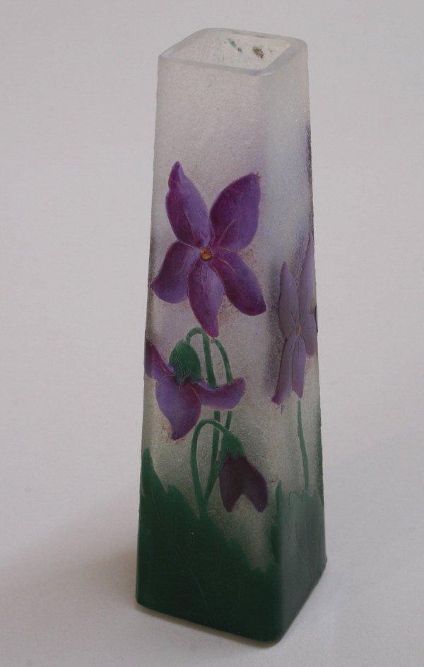 1011: Daum Nancy Violet Vase