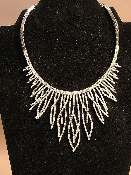 1057: Unusual Ladies Diamond Necklace 10.10 Carats TW