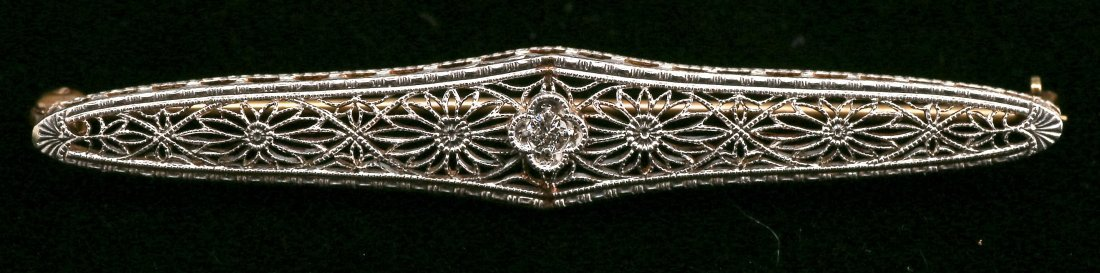 c1925 Art Deco 14K Yellow & White Gold Diamond Bar Pin