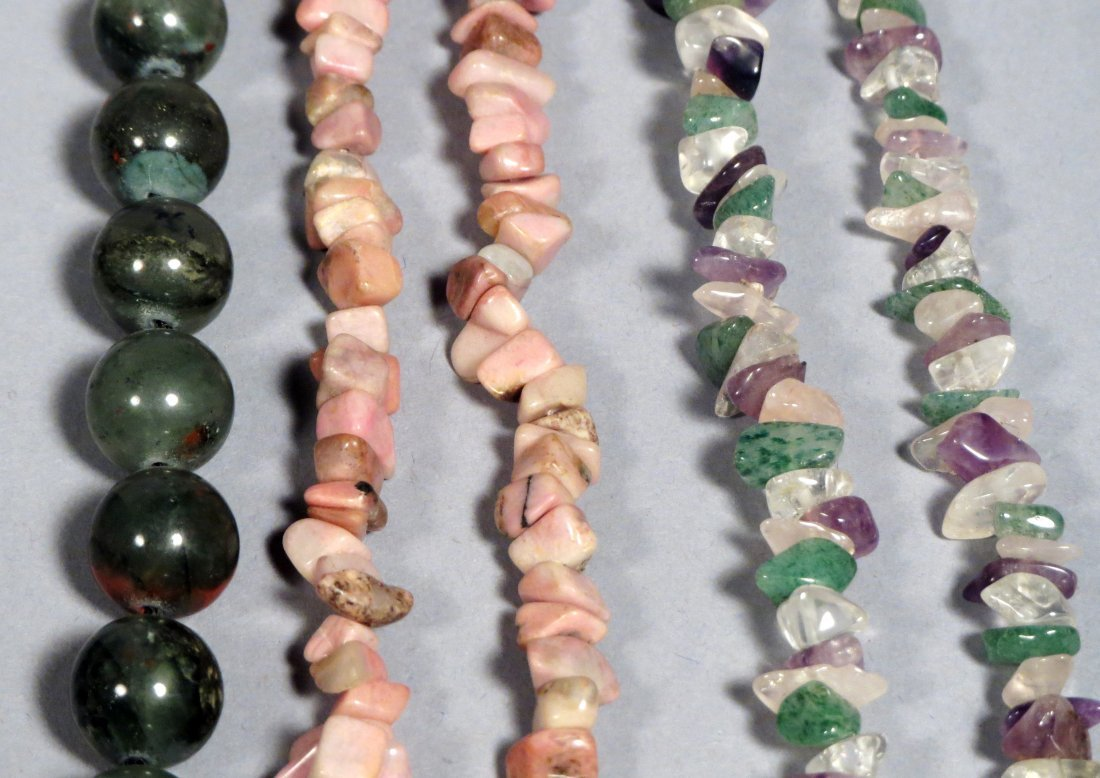 Box of Natural Stone Necklace Jewlery - 7