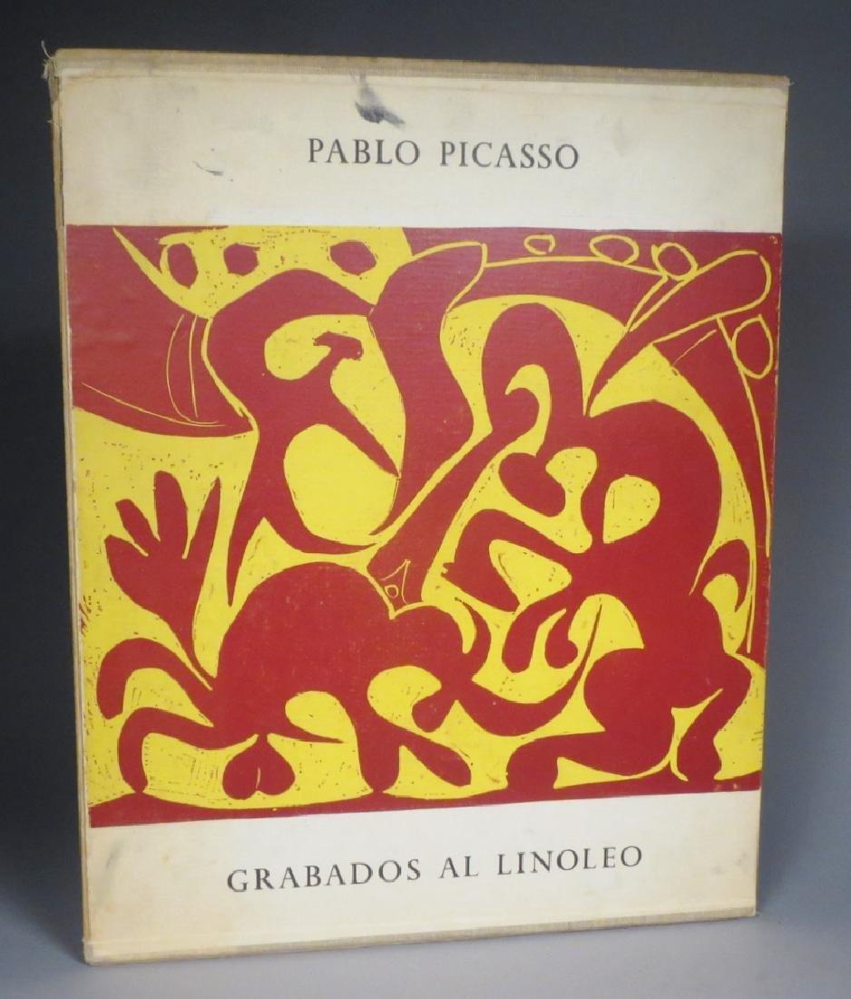 Pablo Picasso-Grabados Al Linoleo, 1963 Book Linocuts - 2