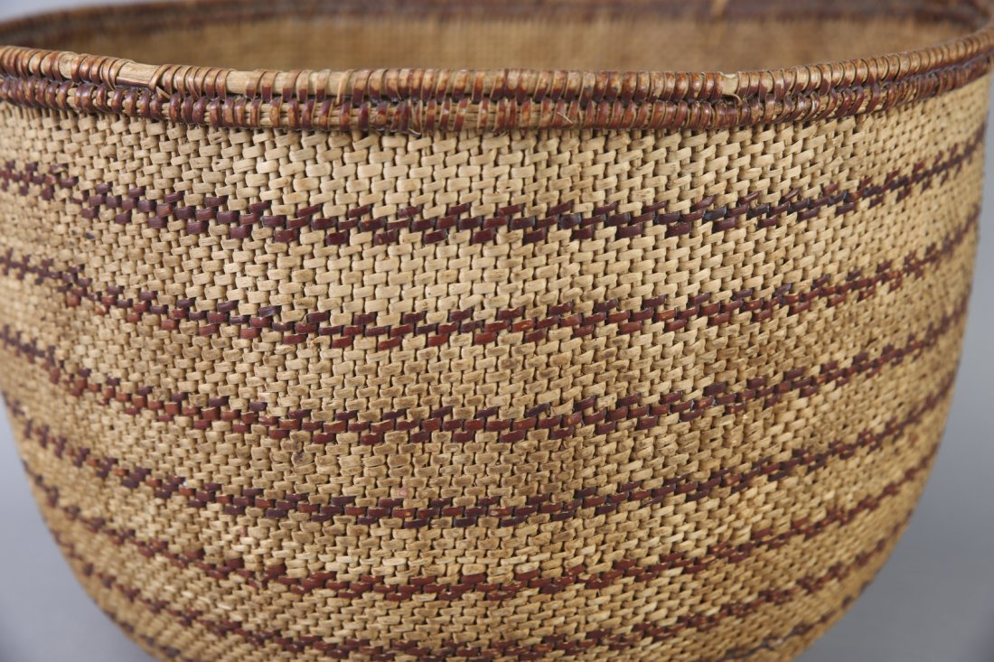 Large Antique Native American Basket California? - 4