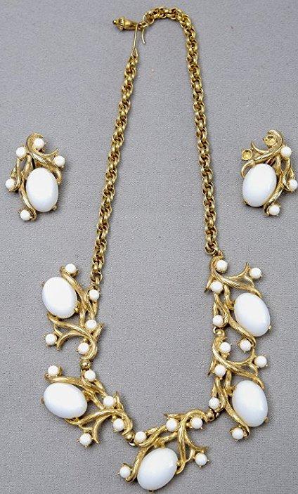 Vintage Schiapparelli  Earring & Necklace Set