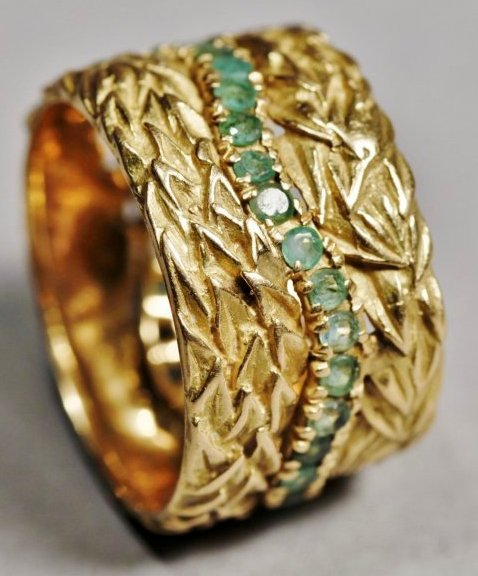 Vintage 18K Yellow Gold, Emerald Band