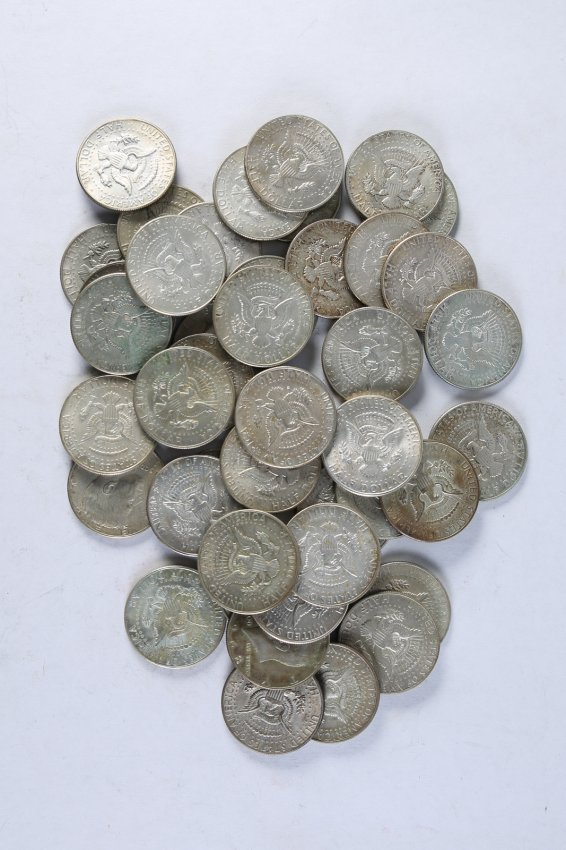 Lot of 44 Kennedy Half Dollars 40% 1965-1970 - 2