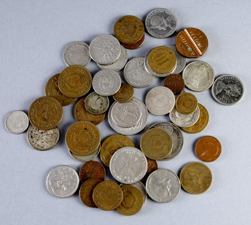 Mis lot of 46 World coins