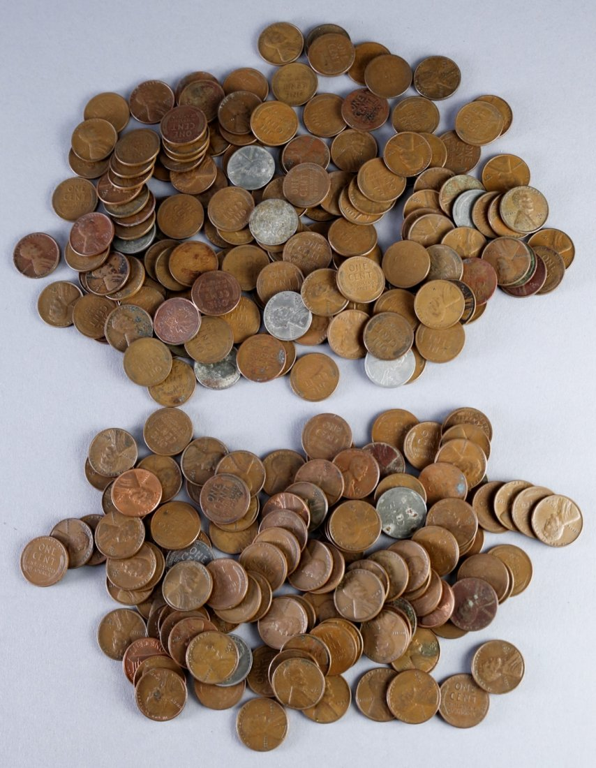 Large Mis Lot of Pennies