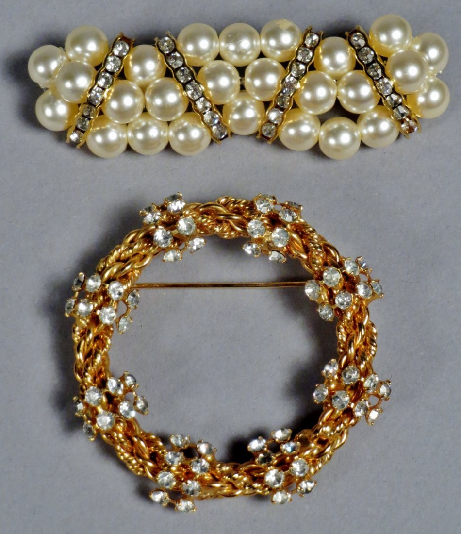 Mixed lot of costume jewelry - 2