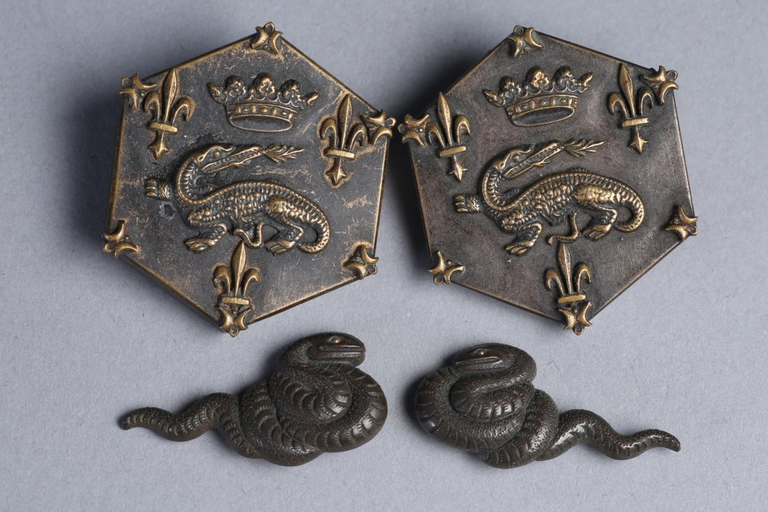 Mid 19th C Japanese Bronze Menuki, Dragon Buttons - 2