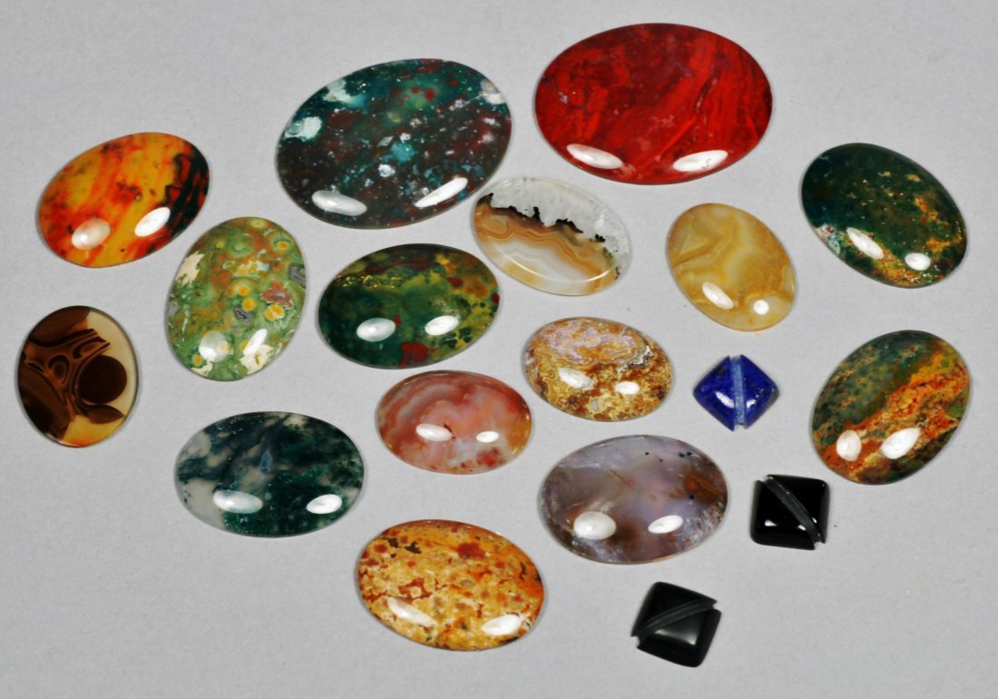 Various Oval Polished Stones
