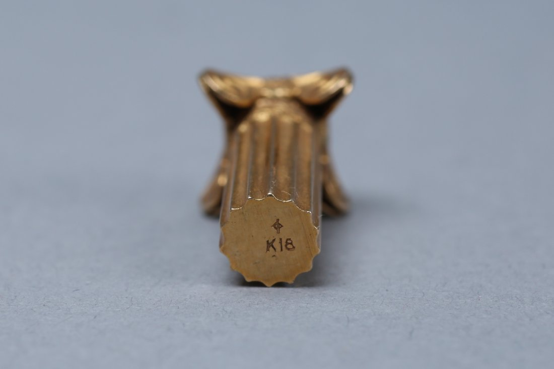 Vintage 18K Gold Greek Column Charm - 5