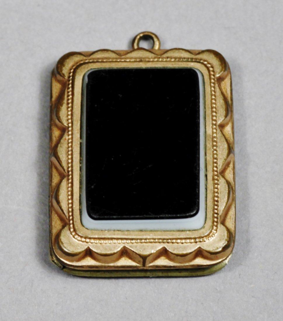 Victorian 12 k Agate stone, Plus Onyx Pendant - 2