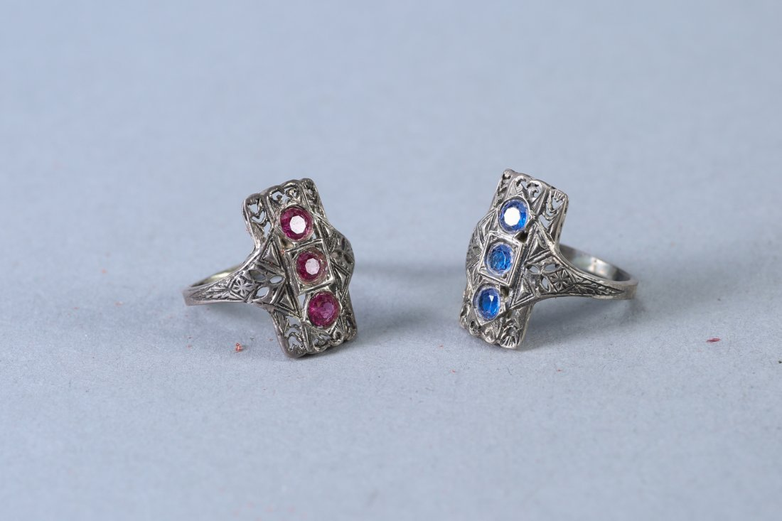 2 Beautiful Vintage Designer rings, Pink & Blue - 3