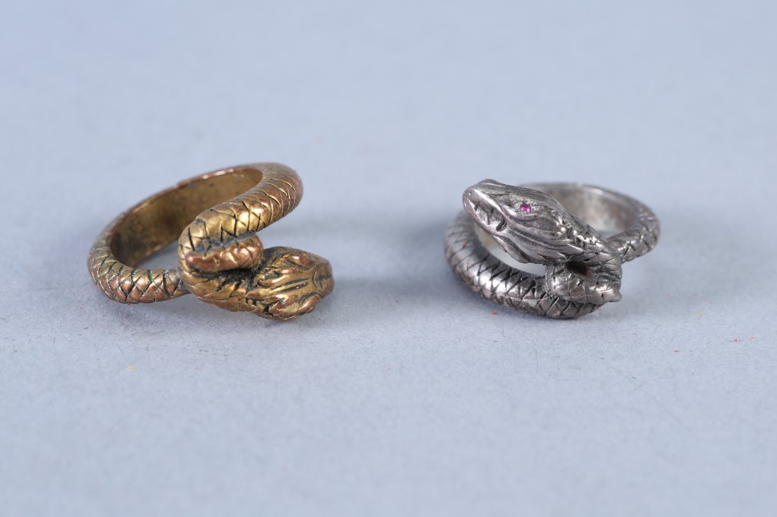 2 Vintage Snake Design Sterling Rings - 2
