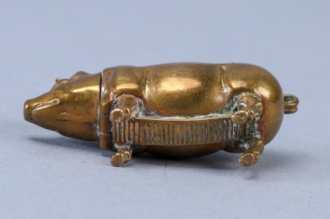 19th Century Brass Pig Match Safe - 4