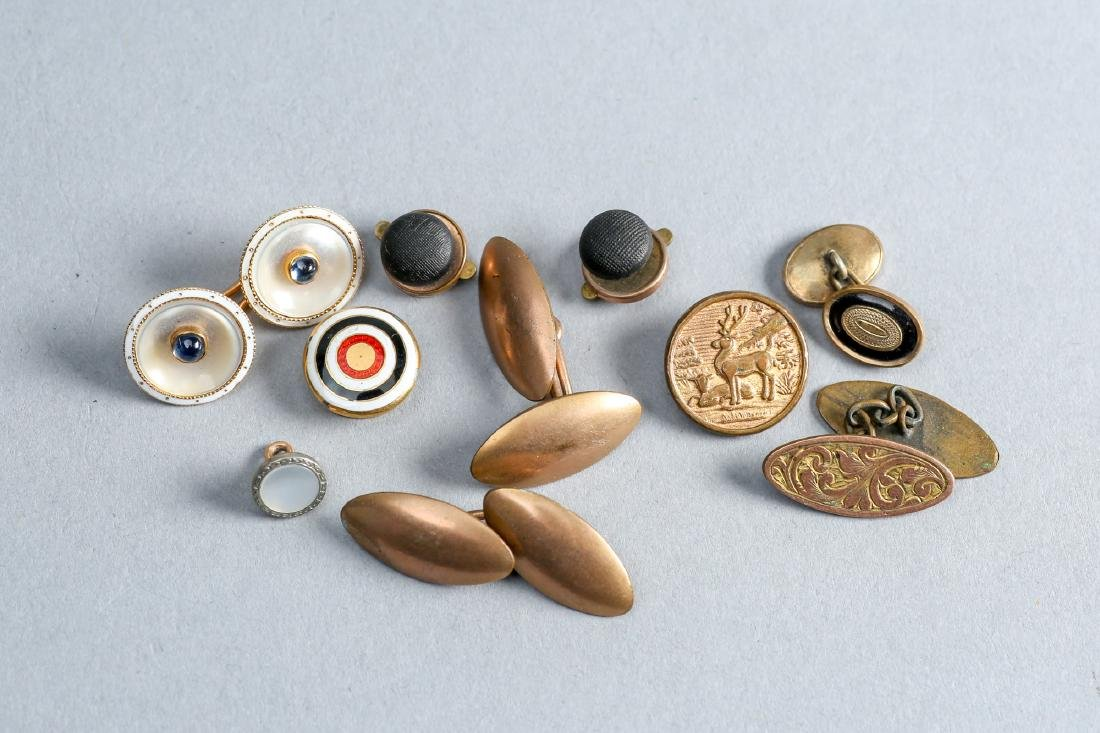 Lot Of  Antique button and Cufflinks, Some 14 & 18