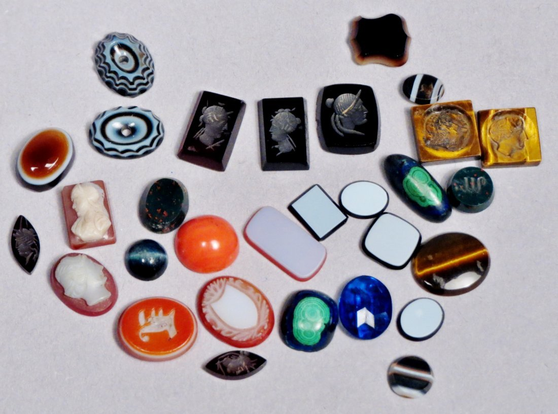 Small Lot of Mixed & Carved Stones, Some Intaglios - 2