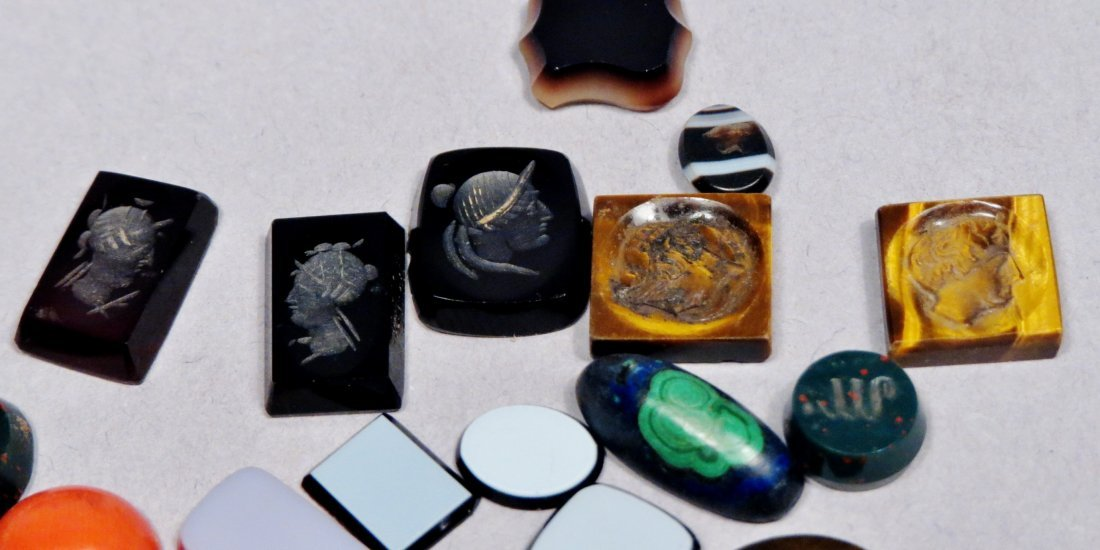 Small Lot of Mixed & Carved Stones, Some Intaglios - 4