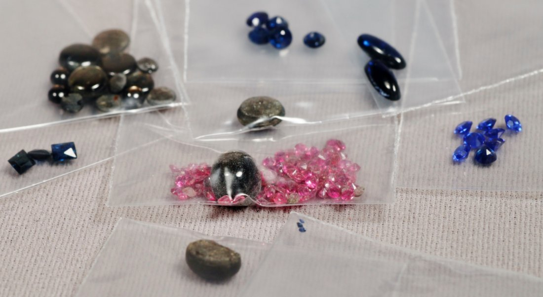 Vintage Lot Sapphires Various Sizes