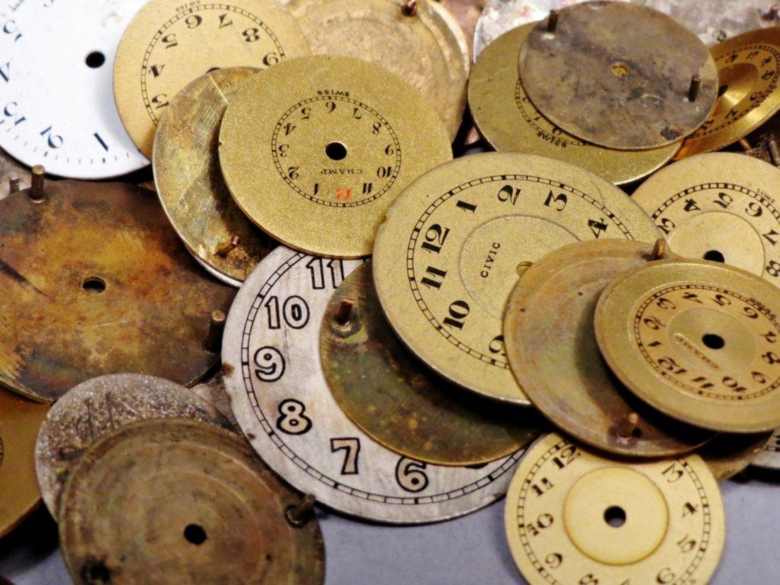 Huge Vintage Lot, Round Watch Faces Longines - 3