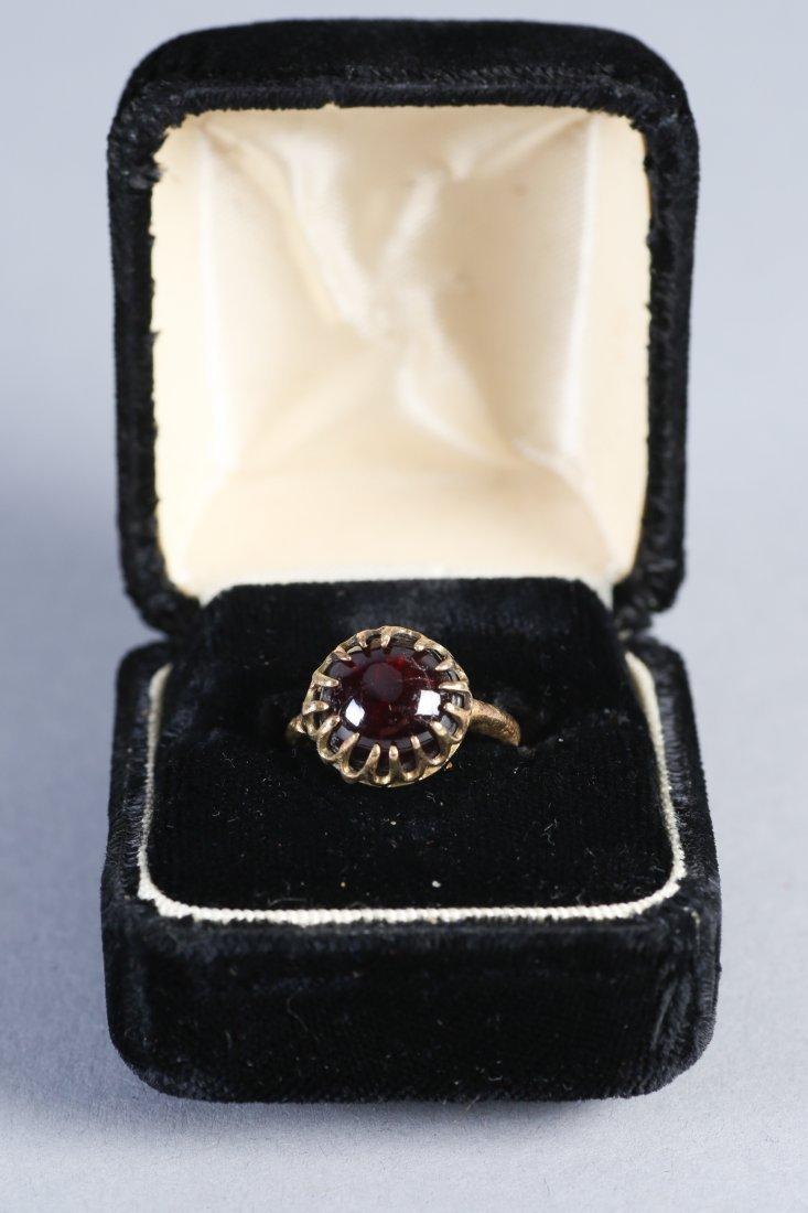 Antique 18K Gold & Garnet Cabochon Ring  Victorian