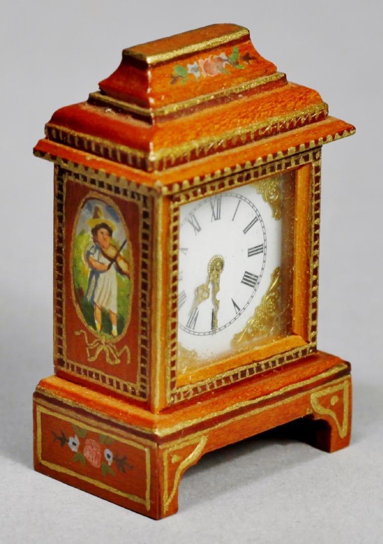 Judy Beals Signed clock plus tiffany style lamp - 2
