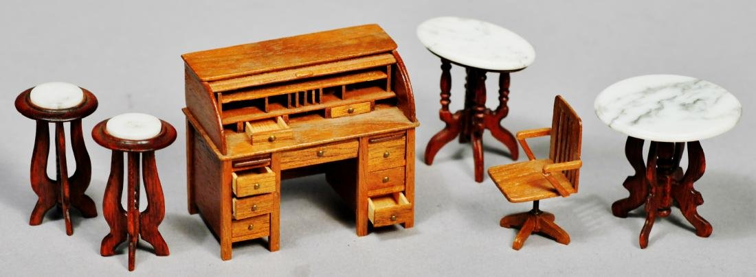 Artist signed dollhouse furniture lot