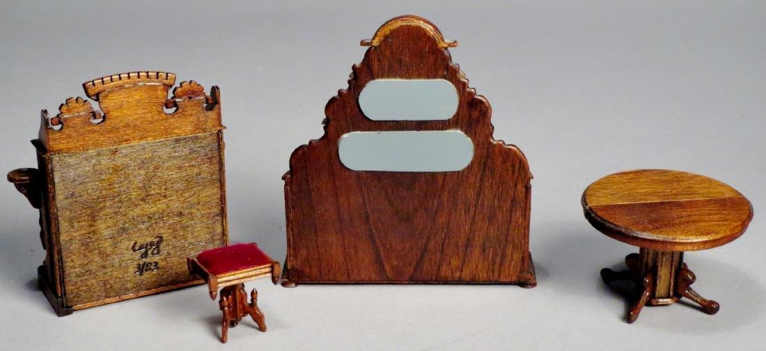 Vintage Victorian Style Dollhouse Furniture - 2