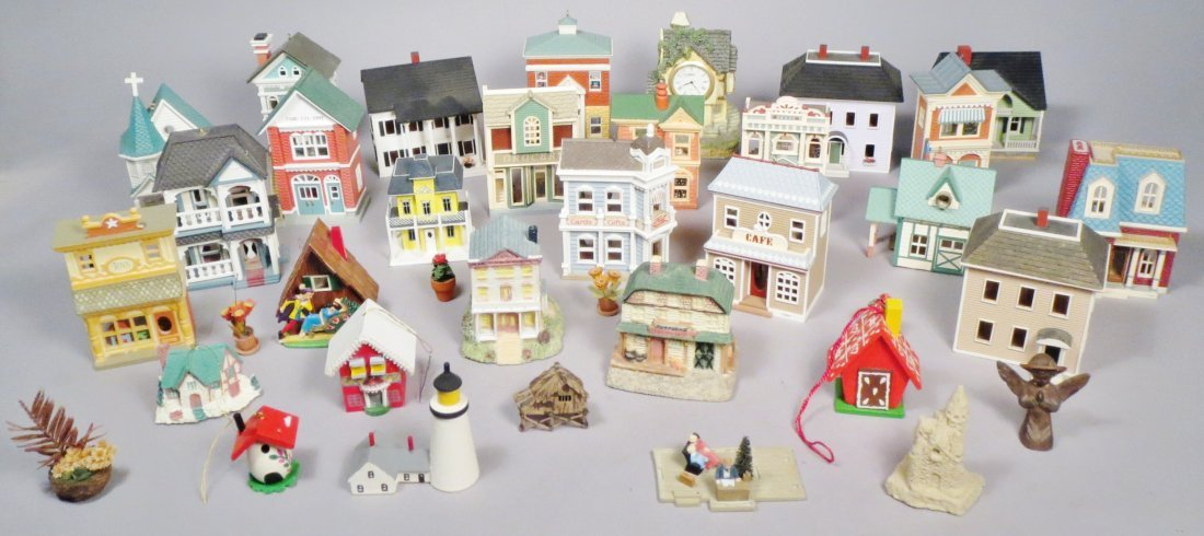 Lot Of Minature House, Some Signed