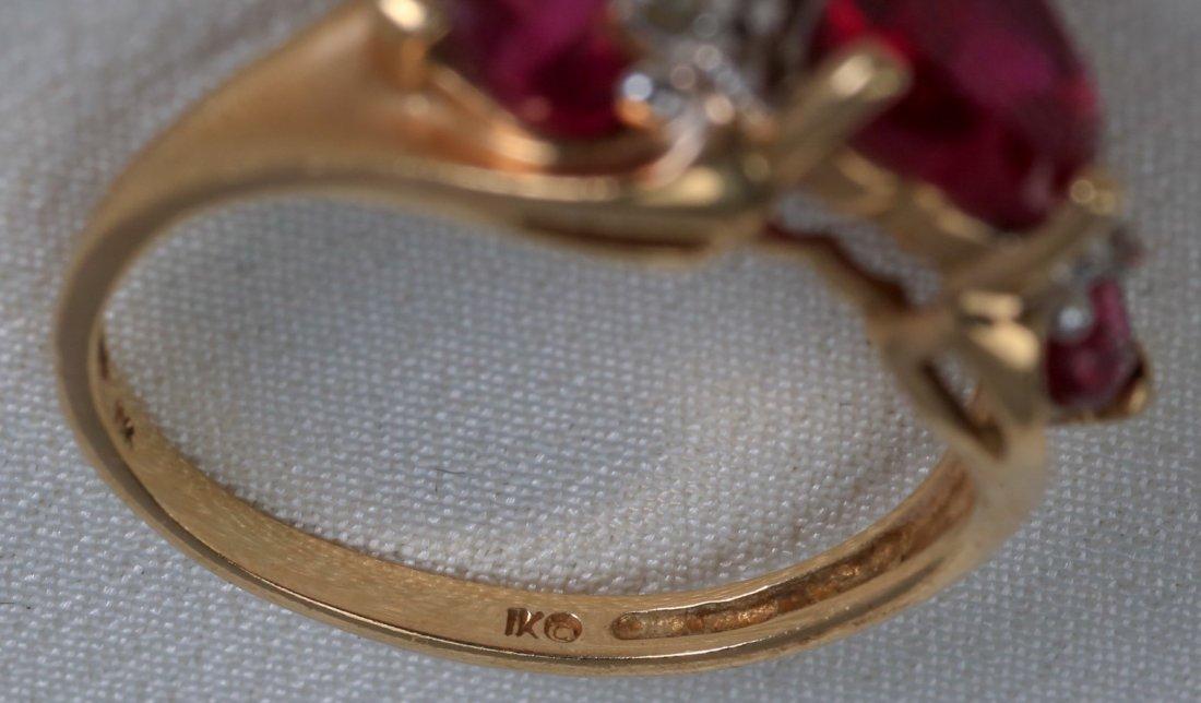 Lovely set of 10k Gold Heart Jewelry - 4