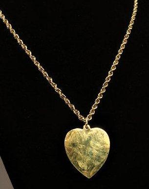 14k Yellow Gold Heart Pendant & Chain
