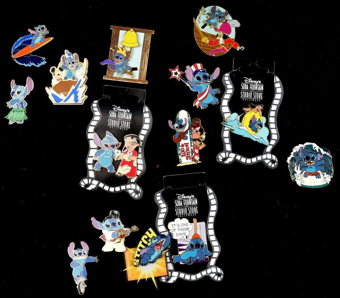 Disney Resort Paris, Pin Trading Bag, Full approx. 112
