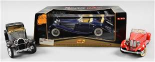 3 Die Cast Model Vintage Cars Bugatti Packard Mercedes