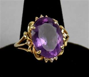 Beautiful 14k Gold Amethyst & Diamond Ring