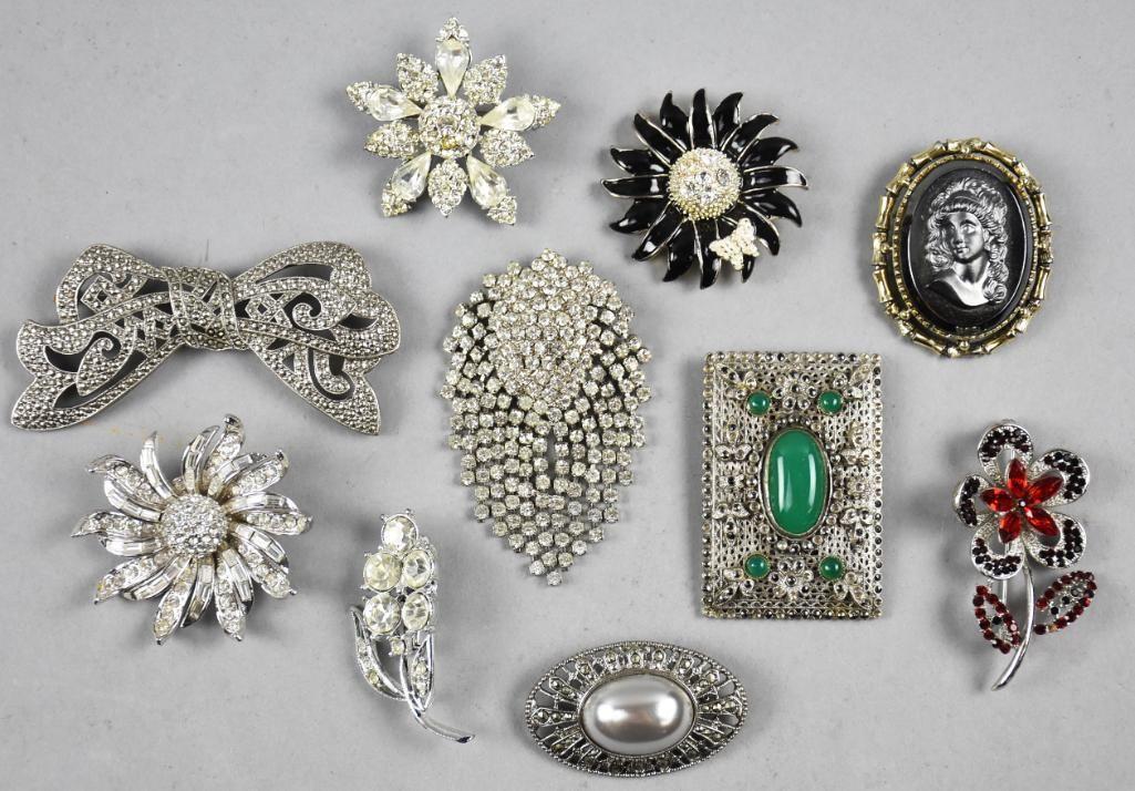(10) Vintage Rhinestones Plus Fur Clip and Brooch Lot