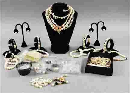 Huge Lot Freshwater Pearl Jewelry & Loose Pearls