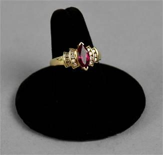 Beautiful 10k Yellow Gold Ring Dia. Pink Stone