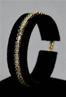 Beautiful 10k Gold & Diamond Tennis Bracelet