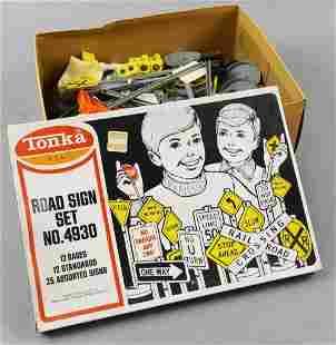 c1970 Tonka Road Sign Set, No. 4930, Original Box