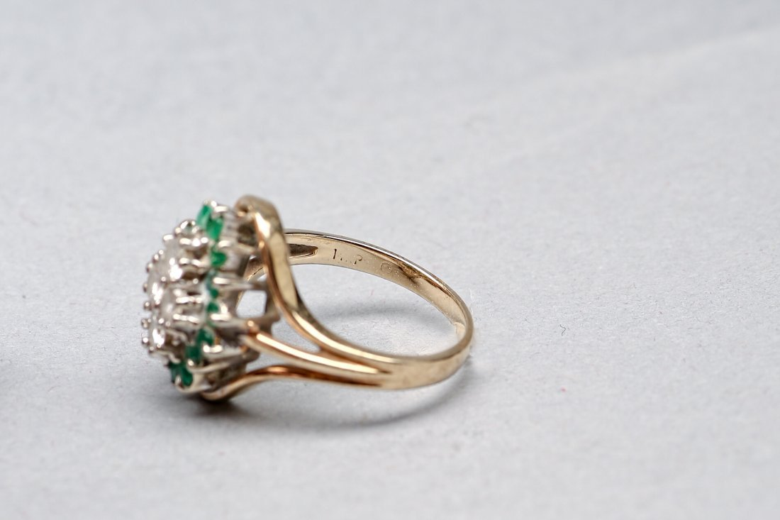 14KP Yellow Gold Emerald and Diamond Ring - 3