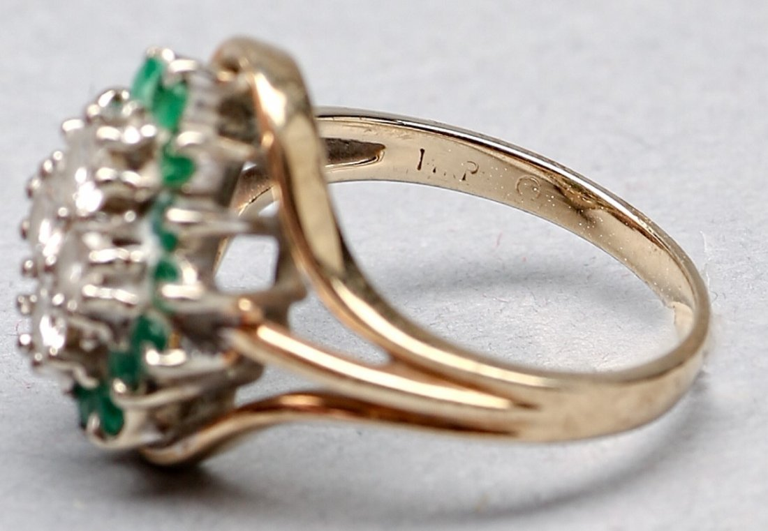 14KP Yellow Gold Emerald and Diamond Ring - 4