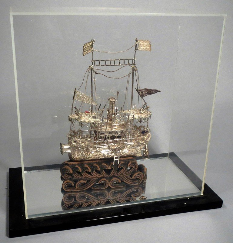 .999 Silver Filigree Wire Ship Carved Base Chinese