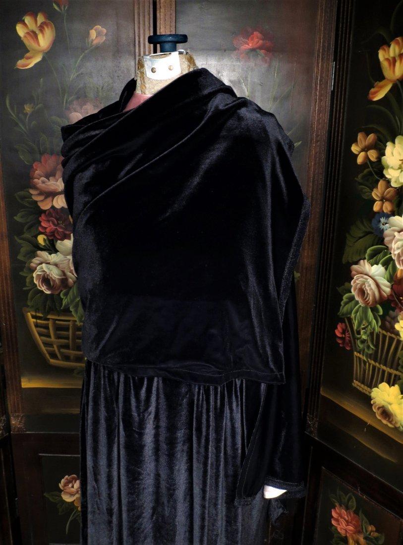 c1930 Black Velvet Flapper Dress, Sheer Cream Nylon - 6