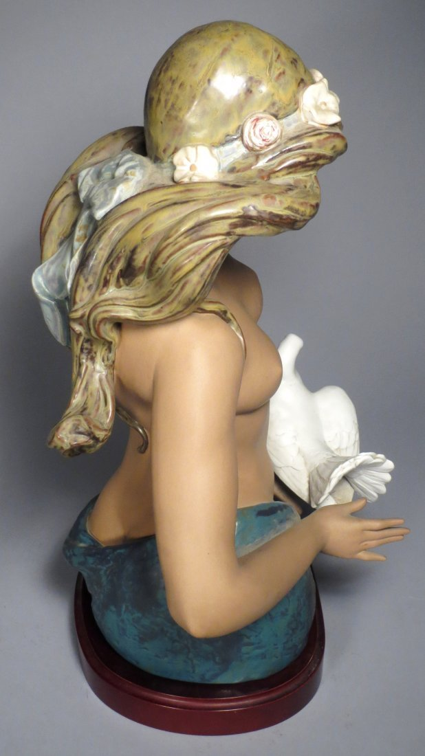 Lladro A Tribute to Peace - 7