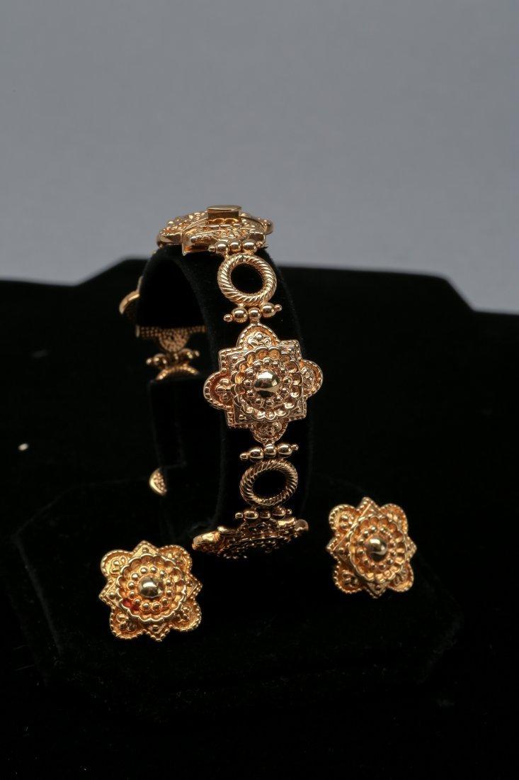 18K Yellow Gold Bracelet and Earrings Set - 2