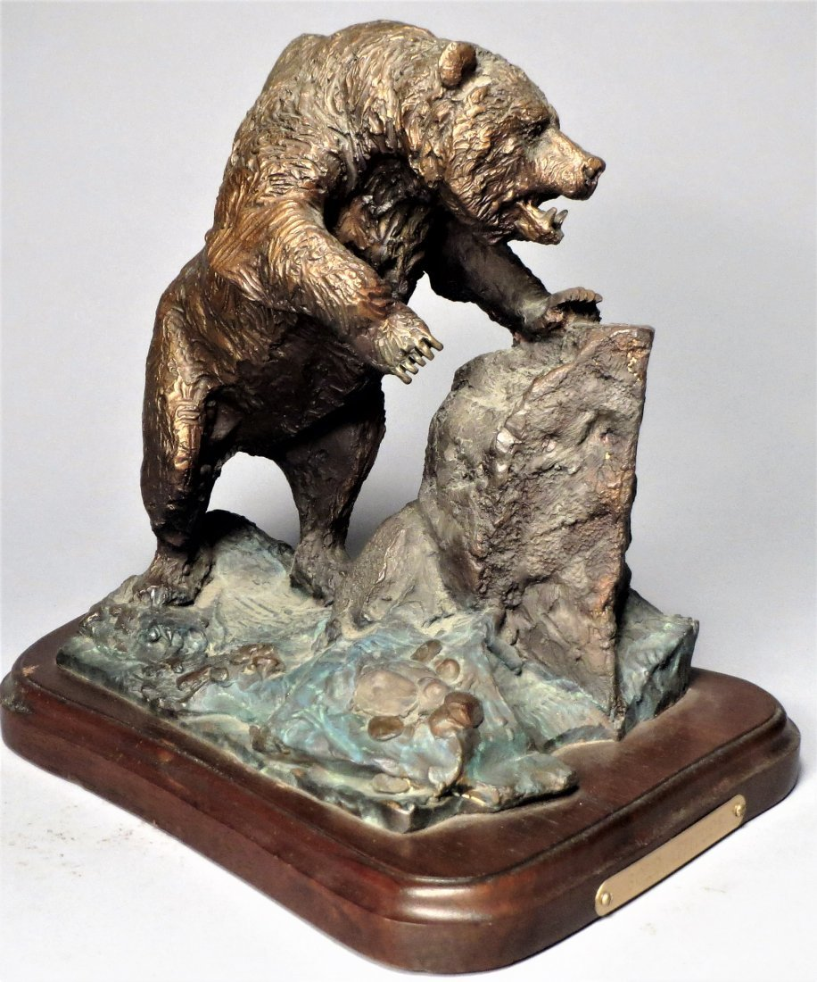 Signed Grizzly Bear Bronze Sculpture Lorenzo Ghiglieri - 2