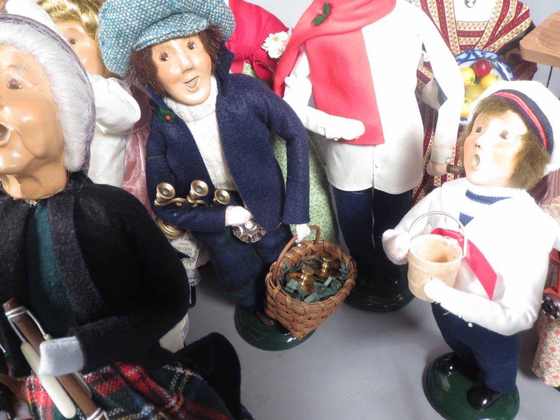 Lot 12 Of  Byers Choice Ltd. The Carolers Dolls - 4